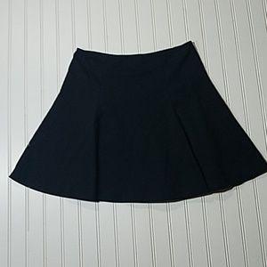 Gap Black Skater Skirt With Pleats Back Zipper Med